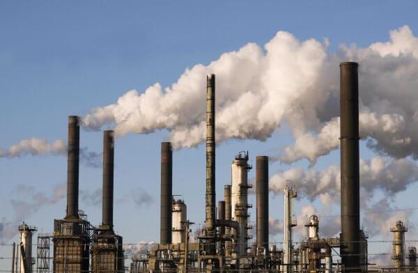 area pabrik polusi udara cerobong asap pembangkit listrik tenaga fosil
