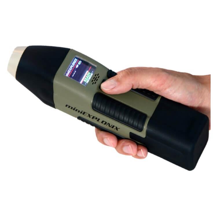 Fast Multipurpose Explosive Detector